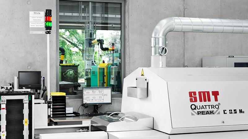 Signalisierung im Maschinen- und Anlagenbau - Signalsäule mit Beschriftungstafel